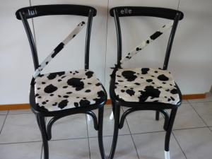 Chaises vaches