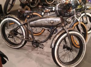 Peinture personnalisé sur vélos électrique