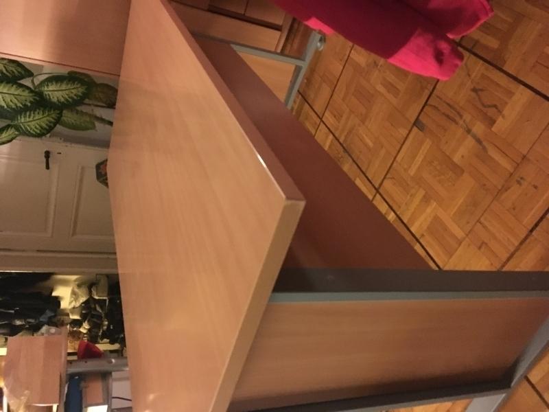 Bureau avec meuble de rangement for Meubles bureau lausanne