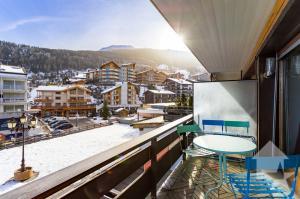 Grand studio au centre, 41 m2, balcon sud, ensoleillement optimal
