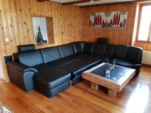 Canapé noir simili cuir