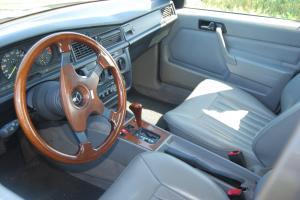 Mercedes  190 E 2.3 collection de 1987