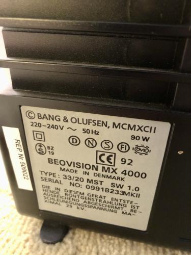 Bang & Olufsen BeoVision MX 4000 rouge