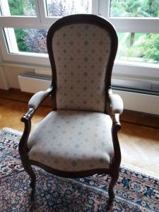 Très joli fauteuil Voltaire