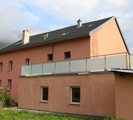 Appartement en duplex dans petit immeuble fraichement rénové