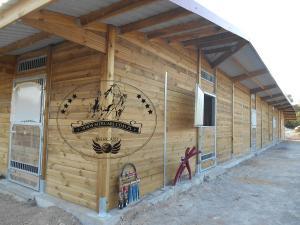 Außenboxen, Pferdeboxen MERCARI Design