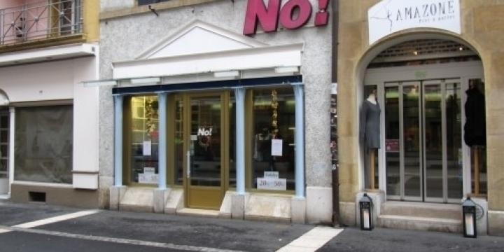 Neuchâtel-Centre: Grand local commercial