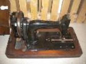 Machine a coudre ancienne