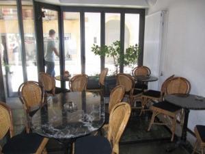 Café-Restaurant centre ville Neuchatel