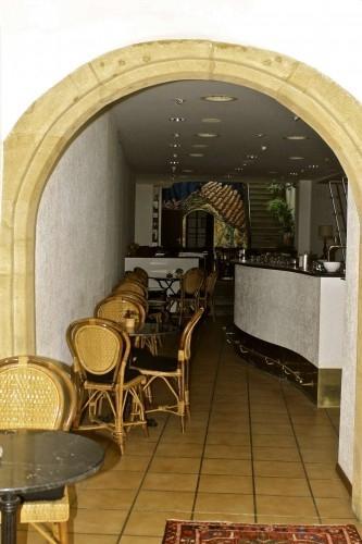 Café-Restaurant en zone piétonne