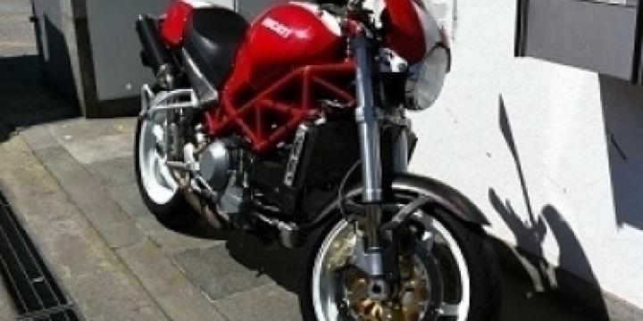 Ducati Monster S4R 996