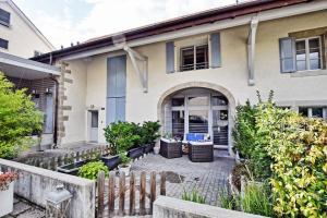 Duplex avec terrasse en pleine campagne genevoise