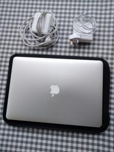 "Macbook Pro RETINA 15"" / 2.3GHz i7 / 500"