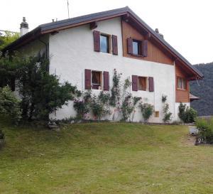 Grande maison près de Martigny