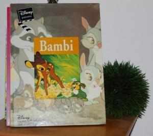 BAMBI ...Edition de 1997 avec 45 pages.