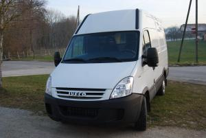 Fourgon Iveco 35S14 Daily