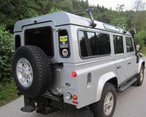 Land rover defender 2.4