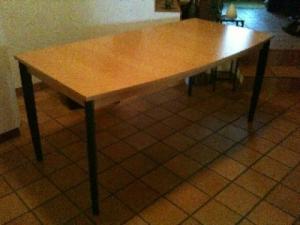 table en bois Pfister
