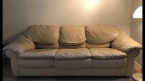 joli canapé plein cuir beige 3 places