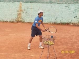 stage tennis moniteur