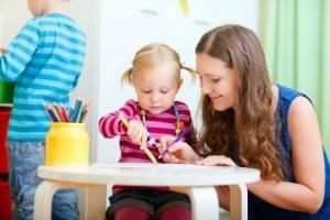 Parent recherchant un profil de baby-sitter
