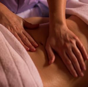 Massages Ayurvédiques sur Rolle