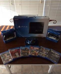 Sony PS4 + 6 Jeux + Casque avec 2 manett