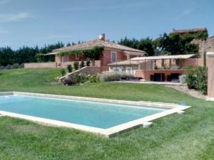 Ferme 10pers piscine sur 2ha dans Luberon,Provence
