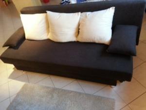 canapé lit très bon état pratique confor