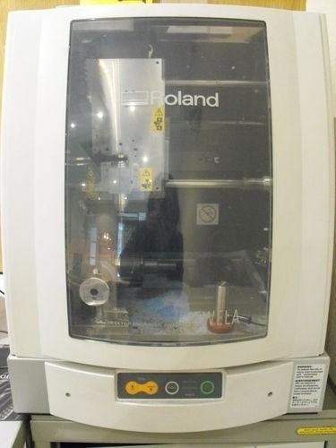 Roland JWX-10 Bijoux Sculpture machine