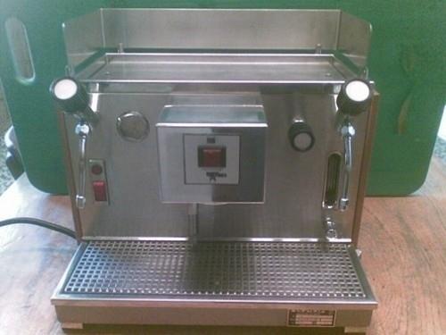 machine caf olympia avec moulin. Black Bedroom Furniture Sets. Home Design Ideas