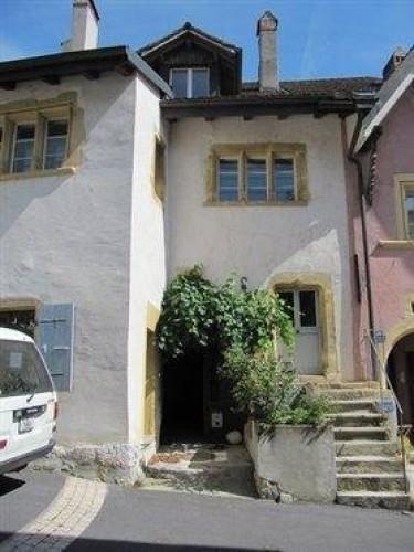 Hauterive: Bel immeuble rénové à vendre