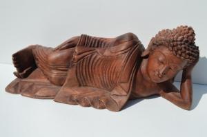 Bouddha en bois allongé 40cm