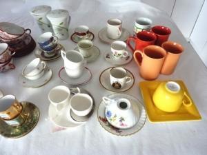 porcelaine - tasses et sous-tasses