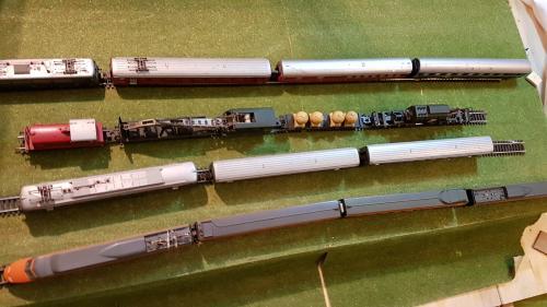 Train électrique Lima HO