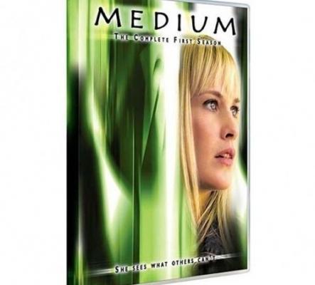 saisons 1-2-3-4 de la série Medium