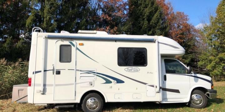 VR Camping Car Caravane -Excellent Entretien