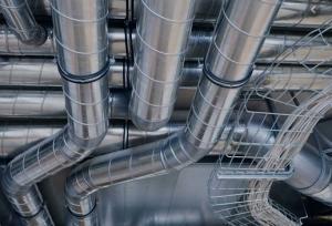 Monteur en ventilation avec CFC