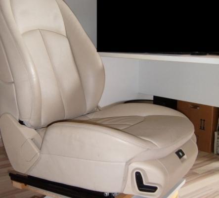Siège de voiture transformé fauteuil, électrique 220V