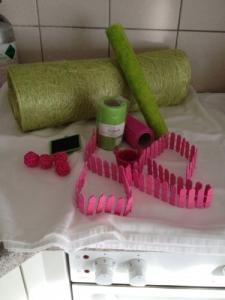 Lot de matériel de décoration rose-vert