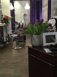 un siège pour coiffeur