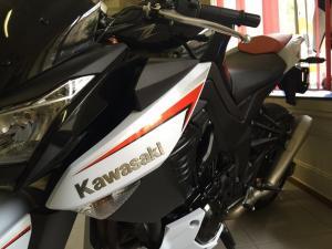 Kawasaki Z1000 - 11.500 kms