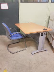 Bureau hêtre et gris avec chaise