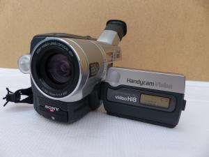 Caméscope Sony CCD-TRV208E HI8 PAL