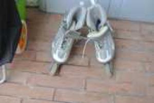Patins à roulettes gris / Liquidation