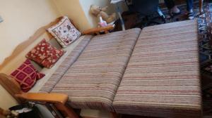 Canapé-lit rustique