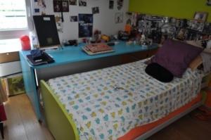 super chambre pour enfant (2lits+bureau)
