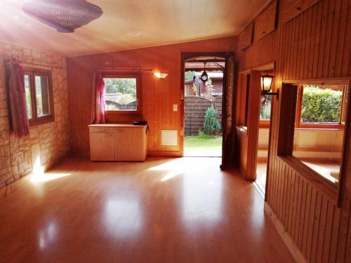 À vendre spacieux mobile home chalet 65 m2.