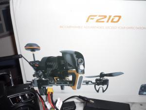 Ensemble complet drone de course FPV WALKERA F210