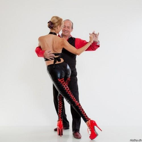 Cours  tango Argentin Neuchâtel Lu 2019
